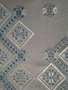 Hardanger Embroidery, Embroidery Stitches, Cut Work, Linens And Lace, Needle Lace, Bargello, Needlework, Diy And Crafts, Cross Stitch