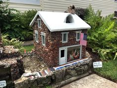 Today, you never know what you'll spot at Hartman Rock Garden. Look a bit closer and the detail will amaze. Pictured below: The Betsy Ross House. Picture Places, Roadside Attractions, Unique Gardens, Ohio, Cathedral, Places To Visit, Closer, Outdoor Structures, Rock