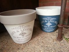 Not so boring terracotta plant pots, Annie Sloan French Grey, Old White, Abusson blue