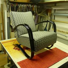 Before & after: These curves of Halabala armchair deserves some propper restoration! Furniture Restoration, Rocking Chair, Plywood, Vintage Furniture, 1930s, Armchair, Upholstery, Curves, Retro