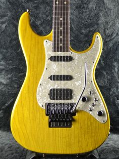 TOM ANDERSON Classic with Floyd Rose/Switcheroo / Trans Yellow