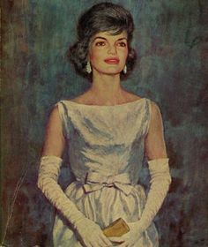 Jackie Kennedy Style, Ted Kennedy, Jacqueline Kennedy Onassis, First Lady Portraits, American Legend, John Fitzgerald, Peggy Carter, Vintage Classics, Iconic Women