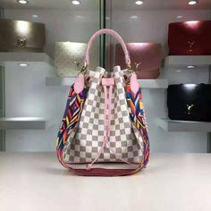 Louis Vuitton43559 93USD