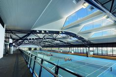 Image 8 of 21 from gallery of National Tennis Centre / Jackson Architecture. Photograph by John Gollings Amazing Architecture, Architecture Design, Indoor Tennis, T2 T3, Architectural Engineering, Sport Park, Tennis Center, Spa Center, Sports Complex