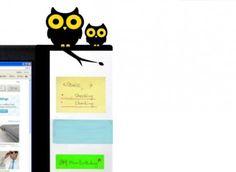 Bufnitele organizator - Mindblower Memo-stativul pentru monitor, perfect ca sa nu te pierzi printre zeci de notite lipite peste tot pe birou. Cadouri inedite care sa le dea o mana de ajutor colegilor de serviciu.
