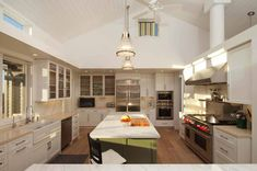 white modern farmhouse kitchen by Gast Architects