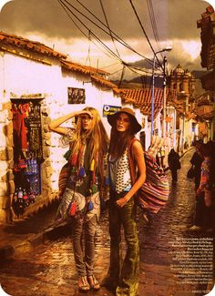 Yaya trip to Morocco....  Kezia: Where did Sharon go?  Heather: You don't think the outfits are too much again?