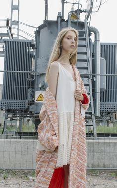 NARCISS S/S17 Laura Dress, Mata Coat www.narcissfashion.com #NARCISSfashion #spring #summer #trendalert  #ootd #styleinspiration #fashioninspo #coat #white