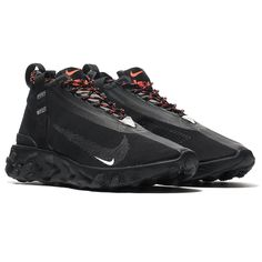 The Nike React Runner is a Comfortable Waterproof Running Shoe, Nike Casual Shoes, New Nike Shoes, Nike Air Shoes, Men's Shoes, Mens Boots Fashion, Sneakers Fashion, Mid Top Shoes, Nike Clothes Mens, Baskets