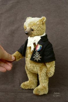 Anton, One Of a Kind Mohair Bear by Aerlinn Bears