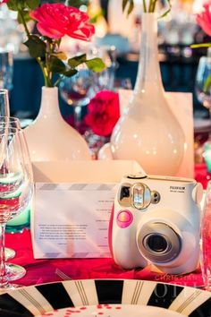 TABLE ICE BREAKER POLAROID PHOTO CHALLENGE TO HELP GUESTS CAPTURE THE NIGHT