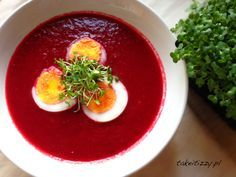 Zupa krem z buraków - Take it Izzy Ramen, Panna Cotta, Pudding, Eggs, Breakfast, Ethnic Recipes, Desserts, Food, Morning Coffee
