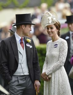 Kate Middleton and Prince William arrives to the Royal Ascot in a lace D&G dress  .......Uploaded by www.1stand2ndTimeAround.etsy.com