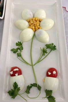 Decorate cold plates for Easter: 18 creative identifiers - Food Carving Ideas Cute Food, Good Food, Yummy Food, Food Crafts, Diy Food, Food Design, Creative Food Art, Ads Creative, Creative Advertising
