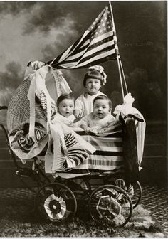 The most adorable demonstration of patriotism. This photograph is part of the Faris and Yamna Naff Arab American Collection. Faris and Yamna Naff Arab-American Collection, Archives Center, National Museum of American History, Smithsonian Institution. Vintage Children Photos, Images Vintage, Vintage Pictures, Old Pictures, Old Photos, Vintage Kids, Vintage Clip, American History, American Flag