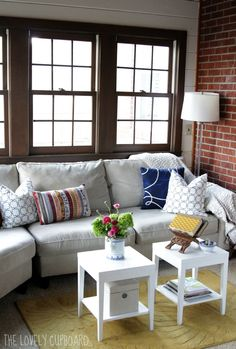 Small Apartment Living Room Design Design Ideas, Pictures, Remodel and Decor Tiny Living Rooms, Small Apartment Living, Small Living Room Design, Eclectic Living Room, Living Room Interior, Living Room Designs, Living Room Furniture, Living Room Decor, Living Spaces