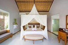 Luxury Villa near Ubud with private infinity pool and a lounging pavilion - Kelusa Ubud Resort, Ubud Hotels, Luxury Villa, Outdoor Furniture, Outdoor Decor, Toddler Bed, Spa, Room, Villas