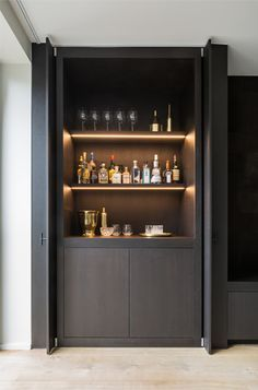 These Home Cocktail Bar Ideas Are Perfect For The Party Season is part of Small Bar cabinet - Raise the bar this holiday season with an ultraglamorous cocktail cabinet or home bar that's bound to cause a stir with guests Bar Embutido, Home Cocktail Bar, Cocktail Movie, Cocktail Sauce, Cocktail Shaker, Cocktail Recipes, Cocktail Bar Design, Küchen Design, House Design