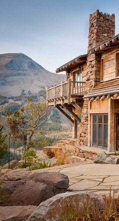 Alpine Custom Log Home - Dancing Hearts, Montana @styleestate
