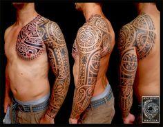 tatouage polynesien-polynesian tattoo: tribal polynesian tattoo tatouage