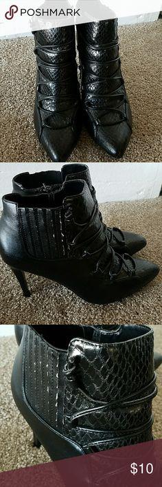 Witchy stiletto Black faux lace up stilleto pumps by Carlos Santana. Inner zipper. Carlos Santana Shoes Heels