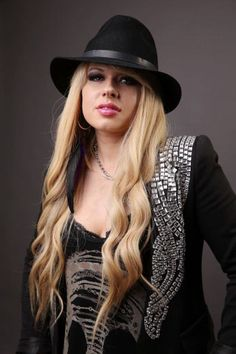 FB   Orianthi Panagaris   Australian Guitar Player
