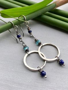 Jewelry Making Earrings Lapis Lazuli Earrings, Blue Gemstone Earrings, Lapis Earrings with Apatite, Sterling Silver Circle D - Sparkly Wire Wrapped Earrings, Wire Earrings, Gemstone Earrings, Wire Jewelry, Boho Jewelry, Jewelry Crafts, Beaded Jewelry, Silver Jewelry, Jewelry Design