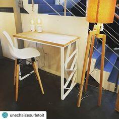 Bureau/console maintenant présent chez @unechaisesurletoit  Différents coloris possibles.  Existe aussi en ensemble table bar et banc haut!  #console #bureau #desk #steel #metal #design #designer #madeinbelgium #artisan #acier #axelrons #namur #unechaisesurletoit Metal Design, Table Bar, Corner Desk, Designer, Furniture, Home Decor, Steel, Top, Corner Table