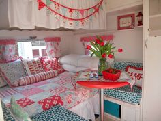 retro camping interoers  | Vintage camper interior | Chic Campers