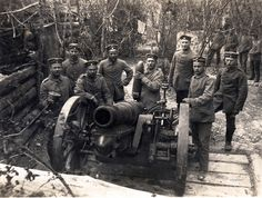 FAR by drakegoodman, via Flickr German field cannon . WW I