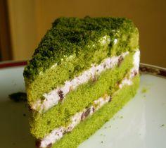 Green tea almond cake. Add more matcha powder to the cream to enhance the flavor!