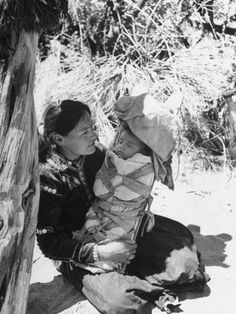 size: Photographic Print: Native American Indian Mother Holding a Baby by Loomis Dean : Subjects Native American Baby, Native American Heritage Month, Native American History, Native American Indians, Native Americans, American Life, Navajo People, Holding Baby, Native Indian