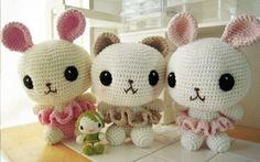 amigurumi so flippin cute! Crochet Cross, Crochet Art, Love Crochet, Crochet Dolls, Easter Crochet, Crochet Bunny, Crochet Animals, Amigurumi Patterns, Crochet Patterns