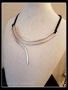 Guarda questo articolo nel mio negozio Etsy https://www.etsy.com/it/listing/469447158/collana-alluminio-argentato-minimal-1