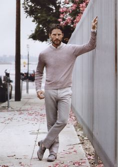 Men's Wear by Ermenegildo Zegna Sharp Dressed Man, Well Dressed Men, Dapper Men, Beige Sweater, Men Street, Lookbook, My Guy, Modern Man, Men Dress