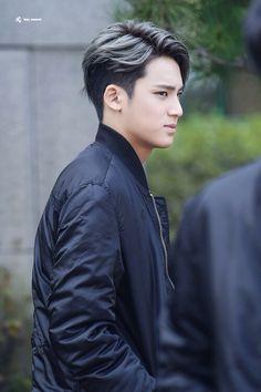 KPopstuff Seventeen Mingyus Half Dyed Hair Kpop Korean Hair And Style