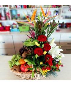 Flower Arrangements, Table Decorations, Flowers, Plants, Gifts, Home Decor, Horsehair, Floral Arrangements, Presents