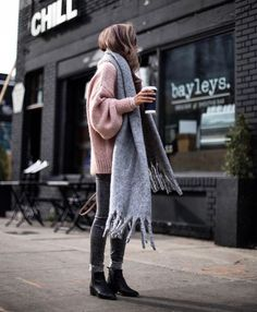Fashion style outfits to buy for women's fashion and mens fashion edgy trends i.-Fashion style outfits to buy for women's fashion and mens fashion edgy trends i… Fashion style outfits to buy for women's fashion and… - Fashion Mode, Look Fashion, Womens Fashion, Fashion Trends, Fashion Edgy, Lifestyle Fashion, Mode Outfits, Casual Outfits, Fashion Outfits