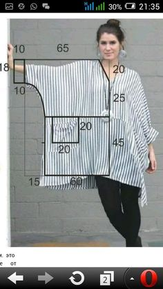 Si de vez en cuando te gusta lucir un estilo bohemio, esta blusa modelo túnica … If from time to time you like to wear a bohemian style, this blouse model tunic with pattern that we bring you for the… Sigue leyendo → Diy Clothing, Sewing Clothes, Clothing Patterns, Dress Patterns, Shirt Patterns, Doll Clothes, Fashion Sewing, Diy Fashion, Womens Fashion