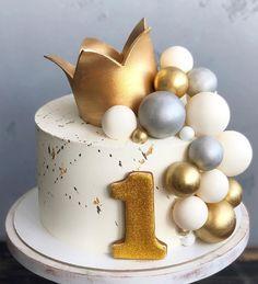 Happy Birthday Cake Girl, Unique Birthday Cakes, Beautiful Birthday Cakes, Baby Birthday Cakes, Golden Cake, Cupcake Cakes, Cupcakes, Mini Wedding Cakes, Fresh Flower Cake