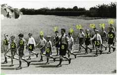 0214919 Coll. Chr. Warnar Asten : De door wandelclub Links en Links georganiseerde wandeltocht : Jong Nederland. 1954/1955