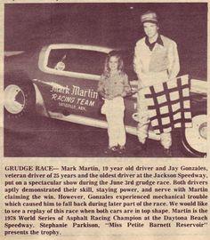 Mark Martin, Kyle Larson, Nascar Sprint Cup, Old Race Cars, Racing Team, Models, Awesome Shoes, Nashville, Legends