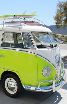 The hippie bus has arrived- honk honk- get in and start life- you even have a surfbort/drunk in looooove! #CALI ◉ re-pinned by http://www.waterfront-properties.com/
