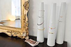 Barbara Zuna-Kratky   Stadtbekannt Wien   Das Wiener Online Magazin Online Magazine, Candle Sconces, Wall Lights, Shops, Candles, Lighting, Home Decor, Fiction, City