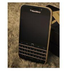 36c65f39d90 Blackberry Classic mạ vàng 24k