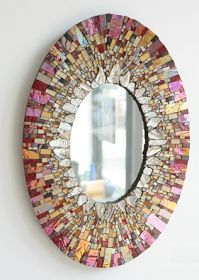Designer mirror - deco ideas with shiny accessories - Mosaic art - Mirror Mosaic, Mosaic Art, Mosaic Glass, Mosaic Tiles, Stained Glass, Glass Art, Mosaics, Mirror Mirror, Sea Glass