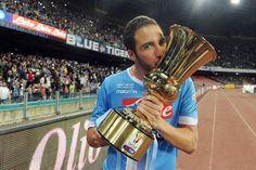 Il Napoli festeggia la Coppa Italia al San Paolo