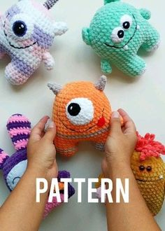 crochet patterns free gift crafts Baby Monster CROCHET PATTERN - Plush Amigurumi Alien - Easy Pattern for Beginners Cute Crochet, Crochet Crafts, Crochet Projects, Fabric Crafts, Crochet Ball, Crochet Mermaid, Crochet For Boys, Crochet Patterns For Beginners, Crochet Patterns Amigurumi
