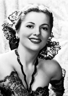 Items similar to Joan Fontaine Monochrome Photographic Print 06 Size - x - x Ideal For Framing on Etsy Vintage Hollywood, Old Hollywood Movies, Old Hollywood Stars, Hollywood Actor, Golden Age Of Hollywood, Hollywood Glamour, Hollywood Actresses, Classic Hollywood, Actors & Actresses