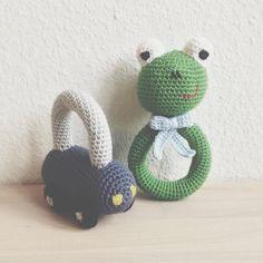 """118 synes godt om, 17 kommentarer – @mormorshaekleliv på Instagram: """"Et par små rangler😊 #hækle #hæklet #hækling #crochet #crocheting #crochetaddict #virkning…"""""""
